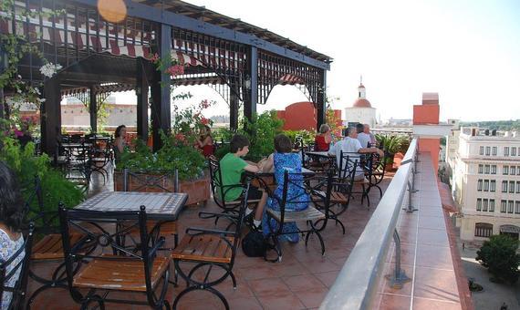 2014-08-20-hotelalbusmundos.jpg