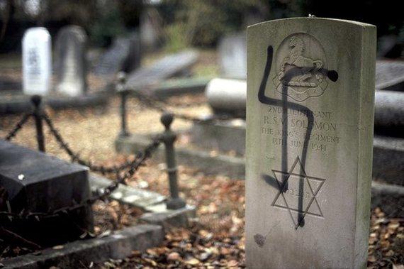 2014-08-22-antisemitism.jpg
