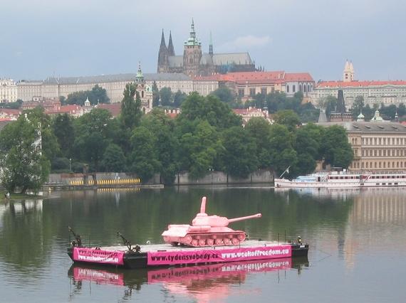 2014-08-24-Pinktank2011.JPG