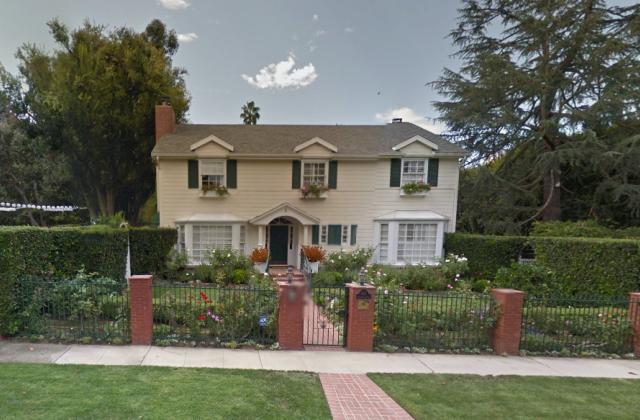 5 Homes Of 2014 Emmy Award Winners Huffpost