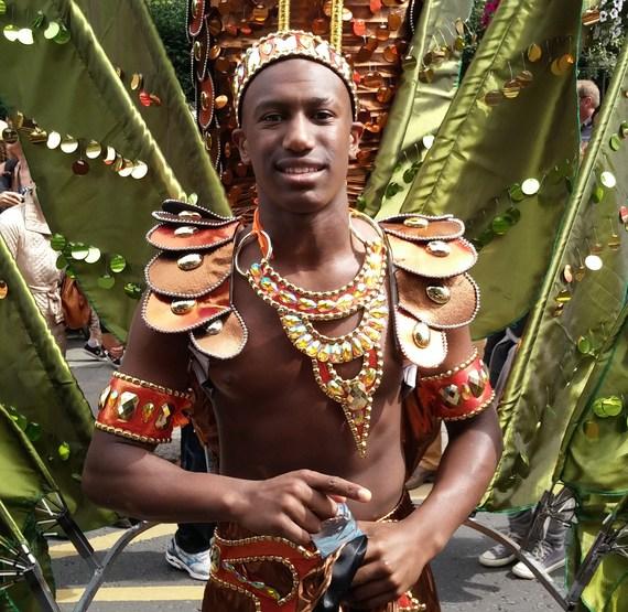 2014-08-27-Carnivalperformeringreen.jpg