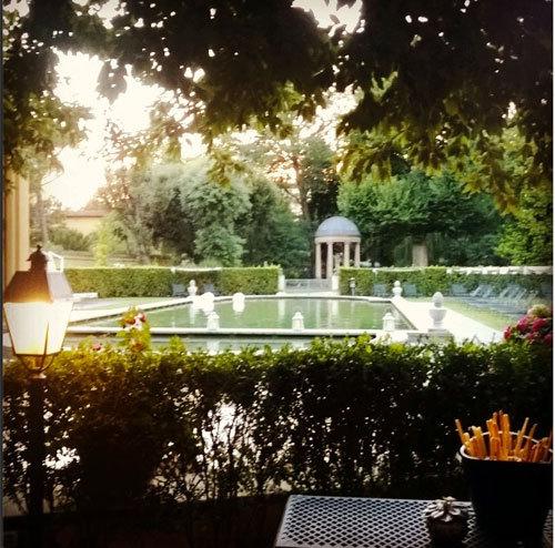 2014-08-27-ItalyFlorenceFourSeasons.jpg