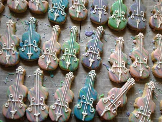 2014-08-31-violinsugarcookies.jpg