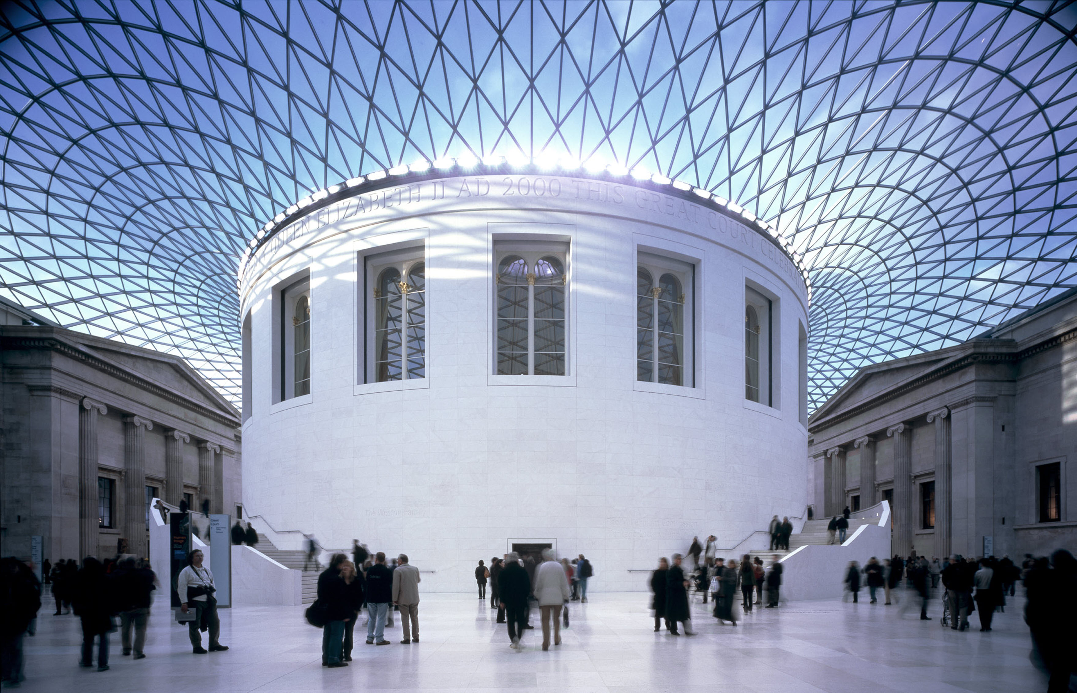 Cool britannia the best of british history in nine museums for Museum designers