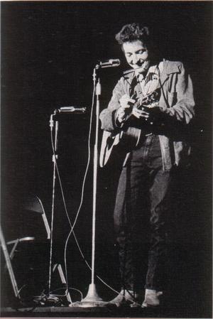 2014-09-04-Bob_Dylan_in_November_1963_wikimedia.jpg