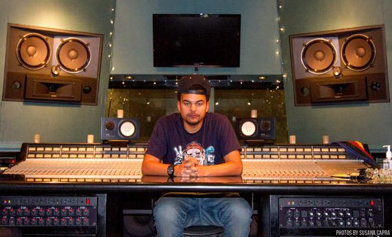 2014-09-04-alexdakidinstudio.jpg
