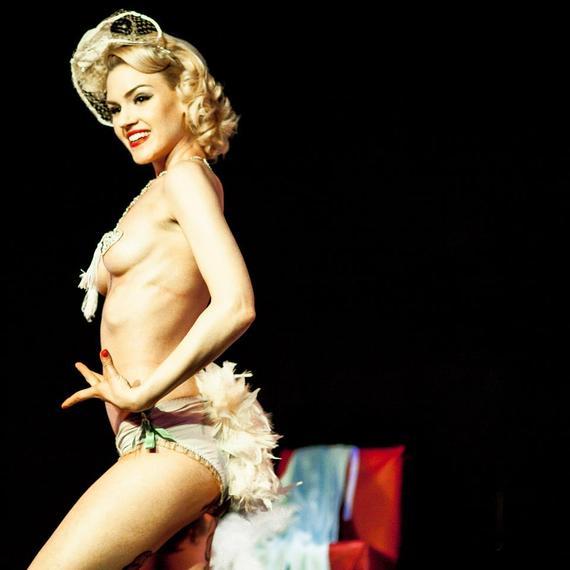 2014-09-04-burlesque1.jpg