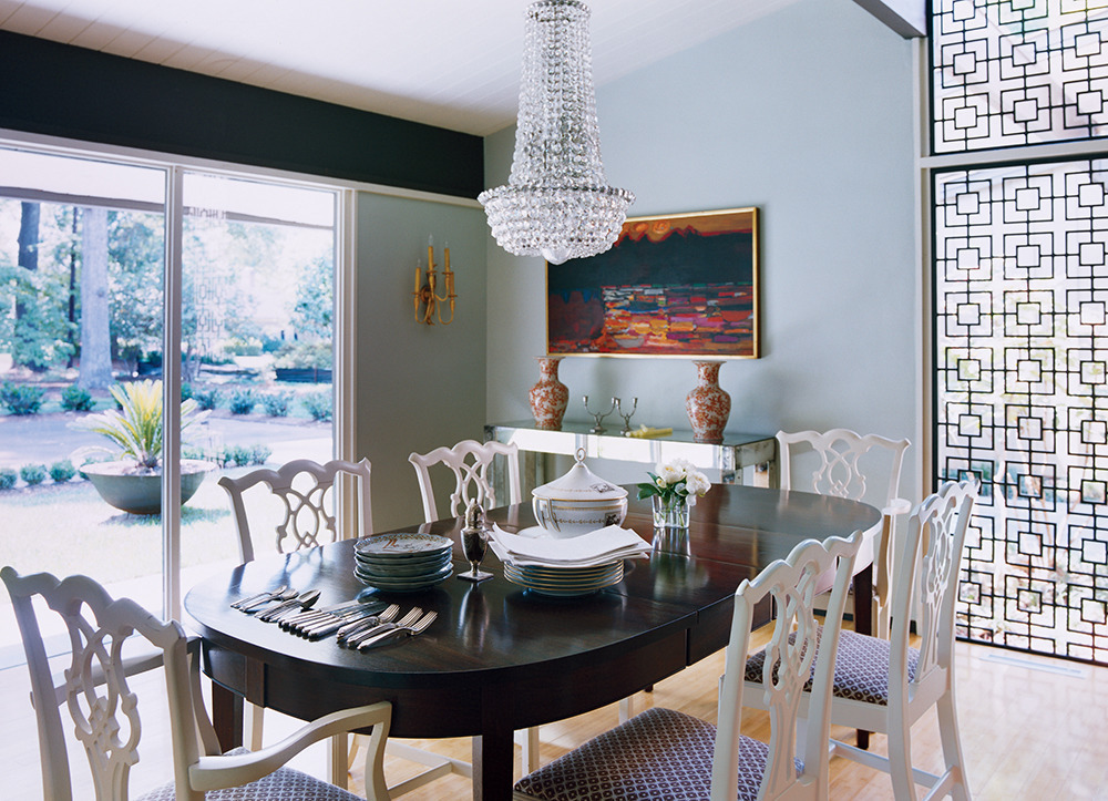 the best dining room paint colors huffpost. Black Bedroom Furniture Sets. Home Design Ideas