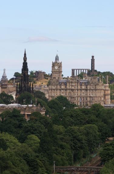 2014-09-11-Edinburghskyline1.jpg