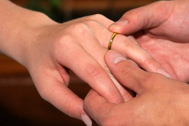 2017 09 11 Ringedsm Jpg The Exchange Of Wedding Rings