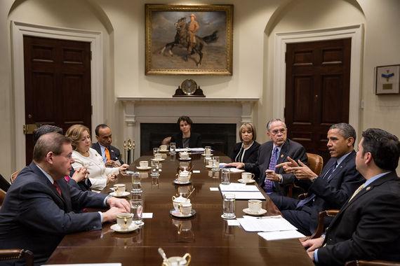 2014-09-12-Barack_Obama_meets_the_Congressional_Hispanic_Caucus.jpg
