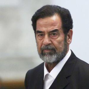 2014-09-12-SaddamHussein.Wikipedia.jpg