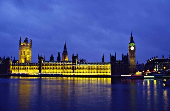 2014-09-16-Houses_of_Parliament_at_Dusk__geograph.org.uk__47105.jpg