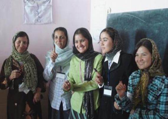 2014-09-18-Afghanistanwomen.jpg