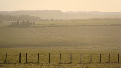2014-09-18-Stonehengelandscape.jpg