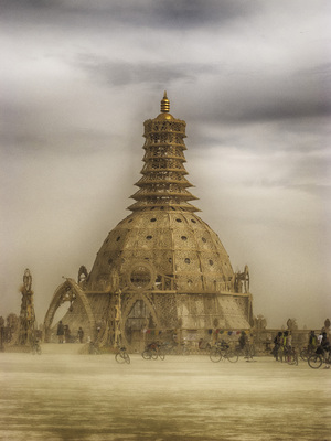 2014-09-18-burningman14.templeHDR2.jpg