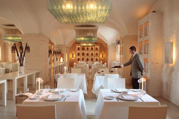 2014-09-19-BorgoEgnaziaRestaurantDueCamini.jpg