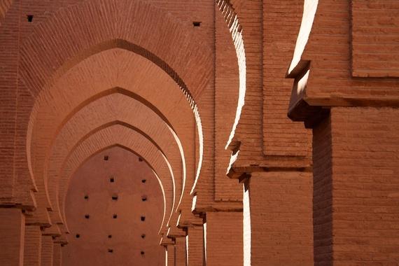 2014-09-21-AlexRos.1.TinMelMosqueArches.Morocco.750px.jpg