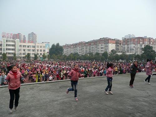 2014-09-25-cmrubinworldyongzhaopic500.jpg