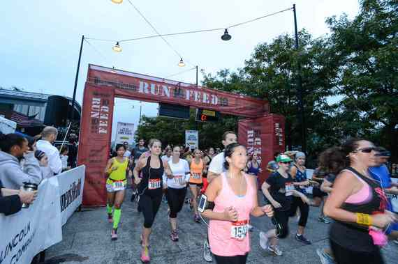 2014-09-26-RUN10FEED10Runnersareoff.jpg