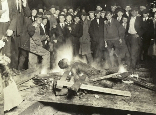 2014-09-26-event_omaha_courthouse_lynching.jpg