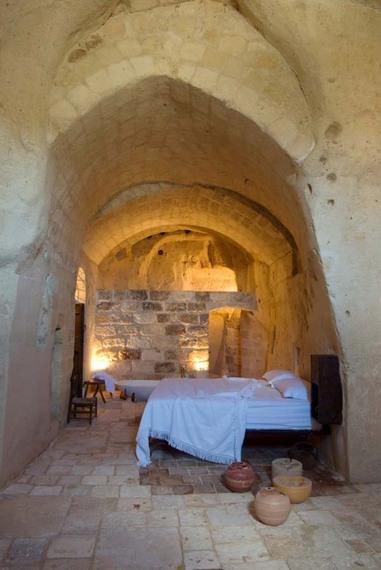 2014-10-07-cavehotel8.jpg