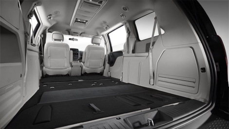 2014-10-08-11_d_gc_Ls_rear_seat_storage_sec.jpg