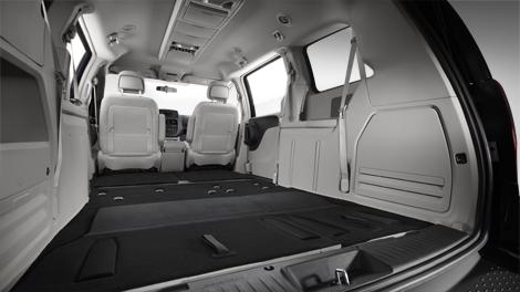2014-10-08-11_d_gc_Ls_rear_seat_storage_sec.jpg
