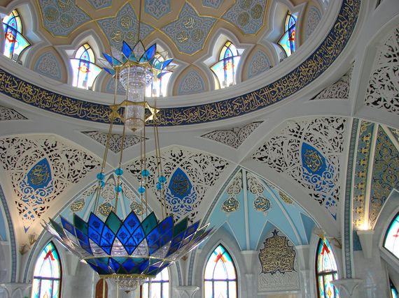 2014-10-09-Kazan_Adam_Jones.jpg