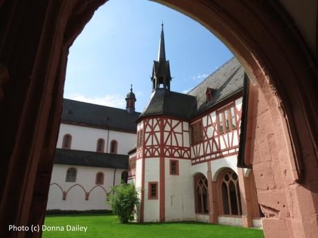 2014-10-10-Eberbach_Monastery_Buildings.jpg