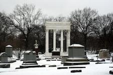 2014-10-10-Graceland_Cemetery.jpg