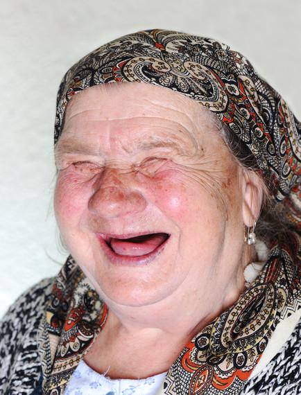 2014-10-10-oldwomanlaughing.jpg