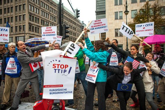 2014-10-11-EBIProtest.jpg