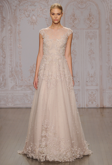 2014-10-11-moniquelhuillierprimrosefloralappliqueweddingdress09.jpg