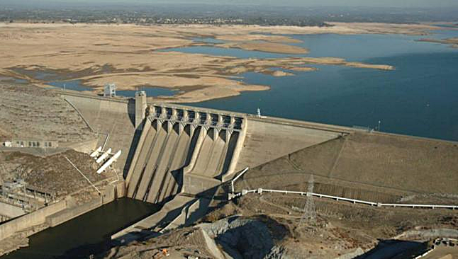 Climate risks extreme french storm 4th largest lake for Folsom lake fishing