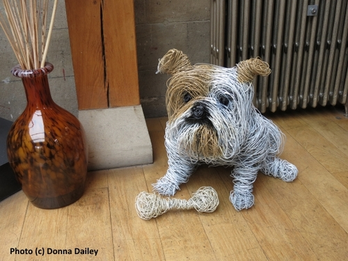2014-10-15-Jesmond_Dene_House_doggie_artwork.jpg