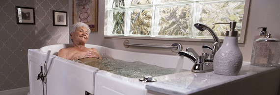 What to Consider When Choosing a Walk-in Bathtub | HuffPost