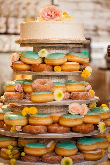 2014-10-16-DoughtnuteWeddingCake.jpg