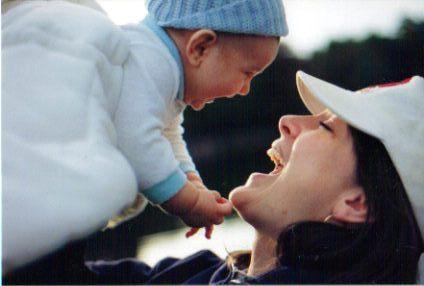 2014-10-16-MaternalBondenwikipediaorg.jpg