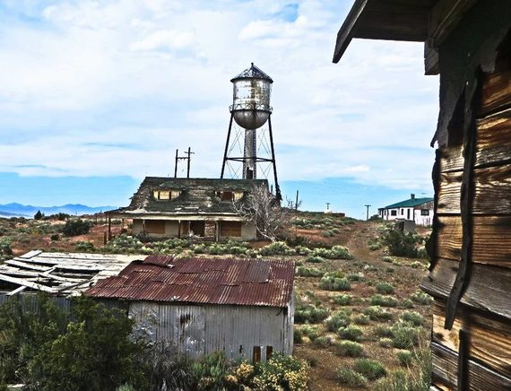 2014-10-17-ghosttownnevadarubyhilltower800x613.jpg
