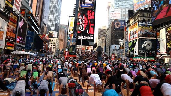 2014-10-18-Yogananda_The_Divine.jpg