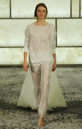 10 Outrageous Wedding Dresses From Bridal Fashion Week - crazyforus