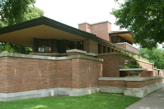 2014-10-20-item14.rendition.slideshowHorizontal.franklloydwright15robiehouseuniversityofchicago.jpg