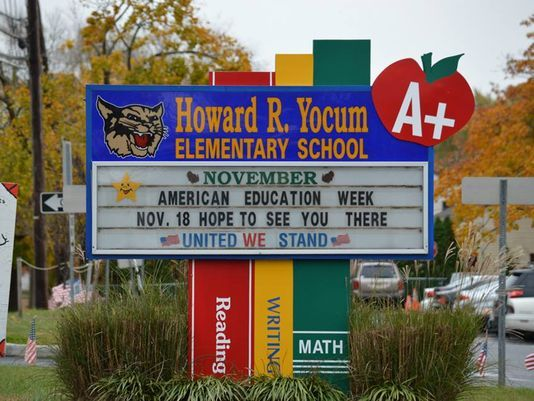 2014-10-21-HowardYocumElementarySchoolBoard.jpg
