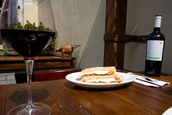 2014-10-22-Il_Bambino__Panini_and_Wine_big.jpg