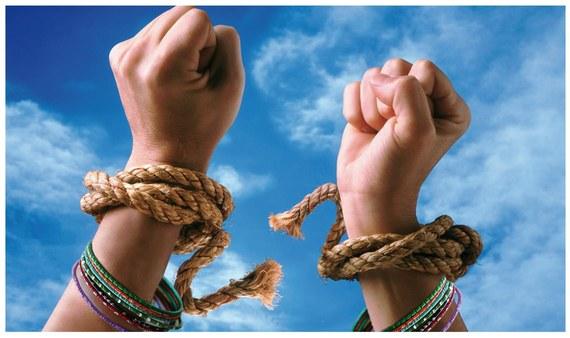 2014-10-22-womenempowermentquoteshdwallpaper17.jpg