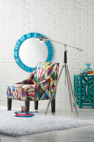 5 Decorating Tips to Add Color into Your Home - Add a colorful mirror