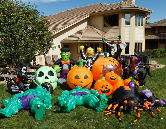 2014-10-26-HalloweenInflatablesplacedinthegarden.jpg