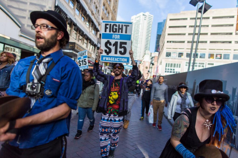 2014-10-26-HonkFightfor15ParadeinDowntownBoston.png