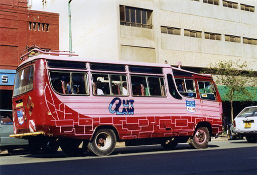 2014-10-28-Bus_Nairobi_c_1998.__Flickr__sludgegulper.jpg